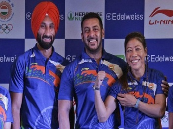 Salman Khan with Sardar Singh and Mary Kom
